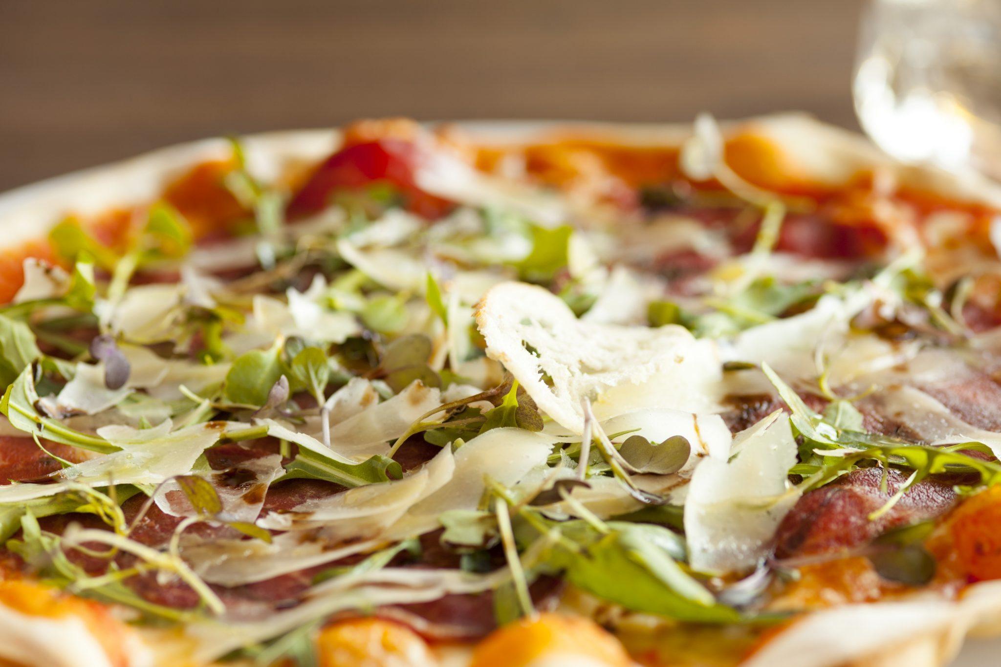 Salads & Pizzas